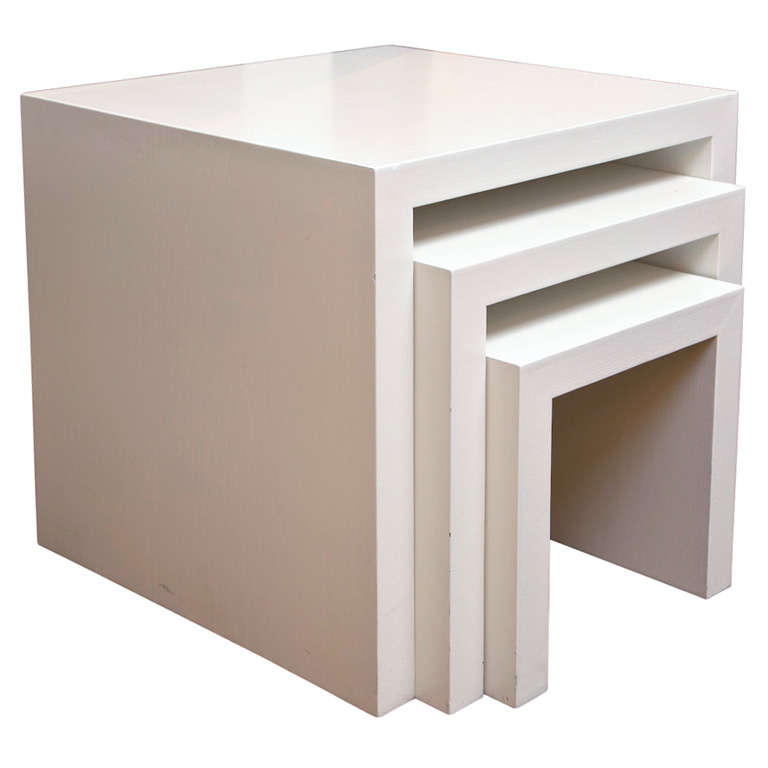 White Zinnia Nesting Tables Set Of 3: White Lacquer Nesting Tables At 1stdibs