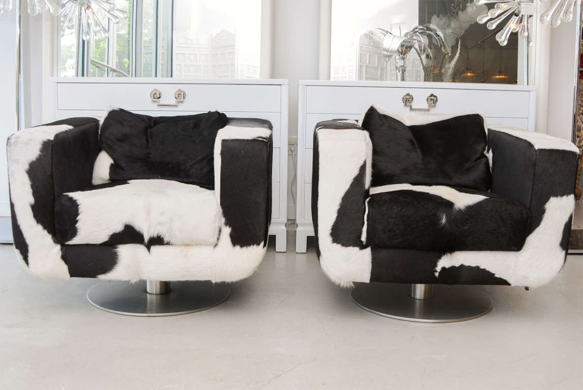 Pair Of Black And White Cowhide Swivel Chairs At 1stdibs