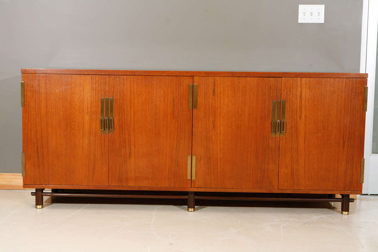 Charmant Credenza By Michael Taylor For Baker Furniture