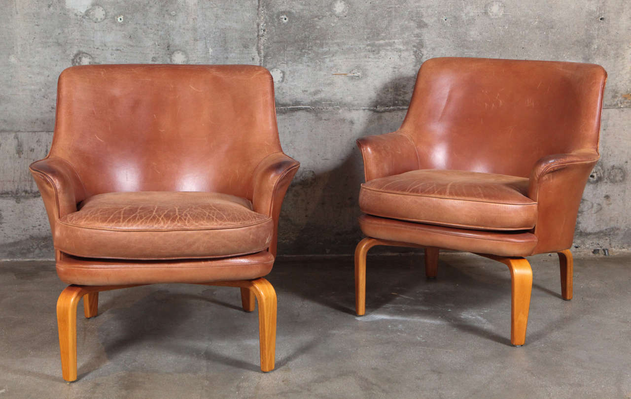 Pair of Arne Norell 'Pilot' lounge chairs produced by Norell Mobel AB.
