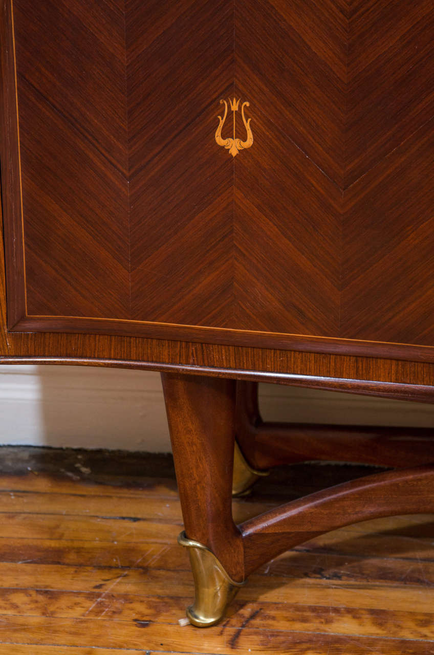 Bar Cabinet Attributed to Architect and Designer Paolo Buffa In Good Condition For Sale In New York, NY