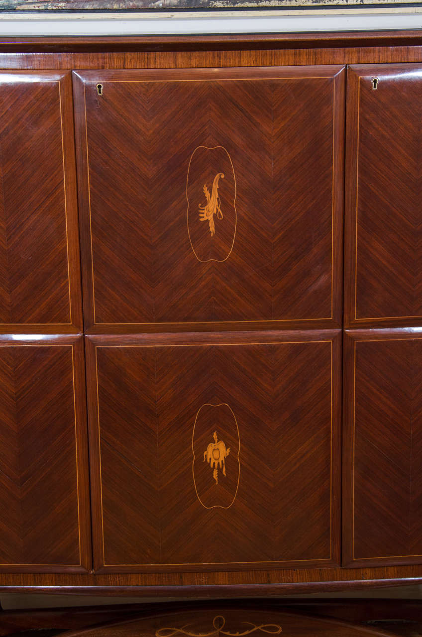 Mid-20th Century Bar Cabinet Attributed to Architect and Designer Paolo Buffa For Sale