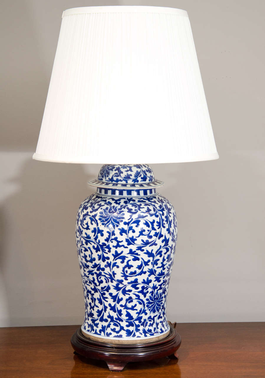 pair of chinese blue and white porcelain temple jar lamps at 1stdibs. Black Bedroom Furniture Sets. Home Design Ideas