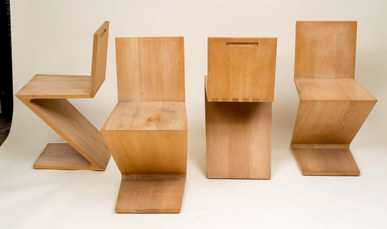 Merveilleux Set Of 4 Zig Zag Chairs Originally Designed By Gerrit Rietveld In 1934.  Reissued In