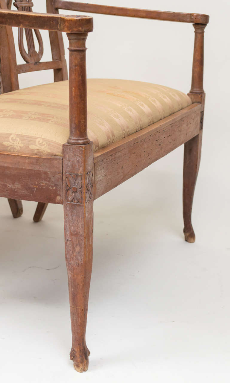 Late 18th Century Italian Neoclassic Walnut Benches, Pair For Sale 4
