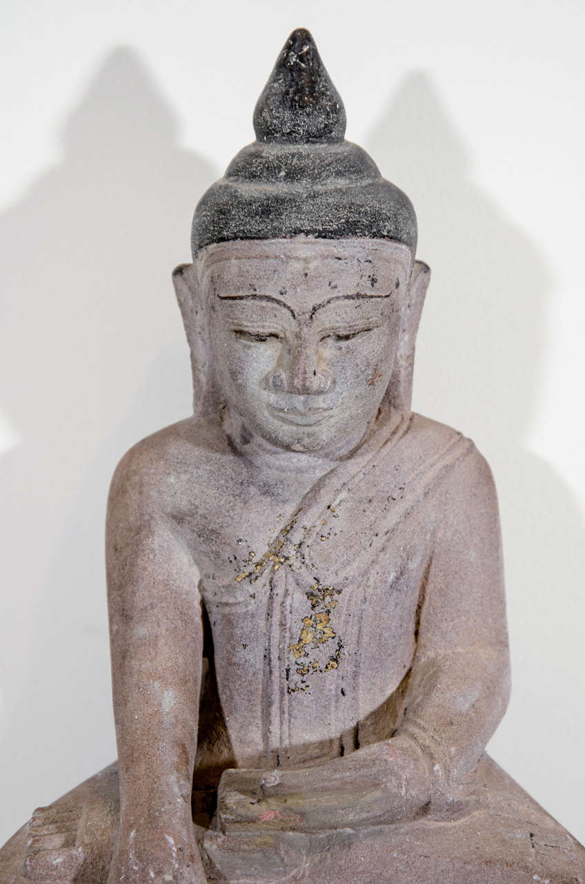 Sandstone Buddha Sculpture, circa 1800 In Good Condition For Sale In New York, NY