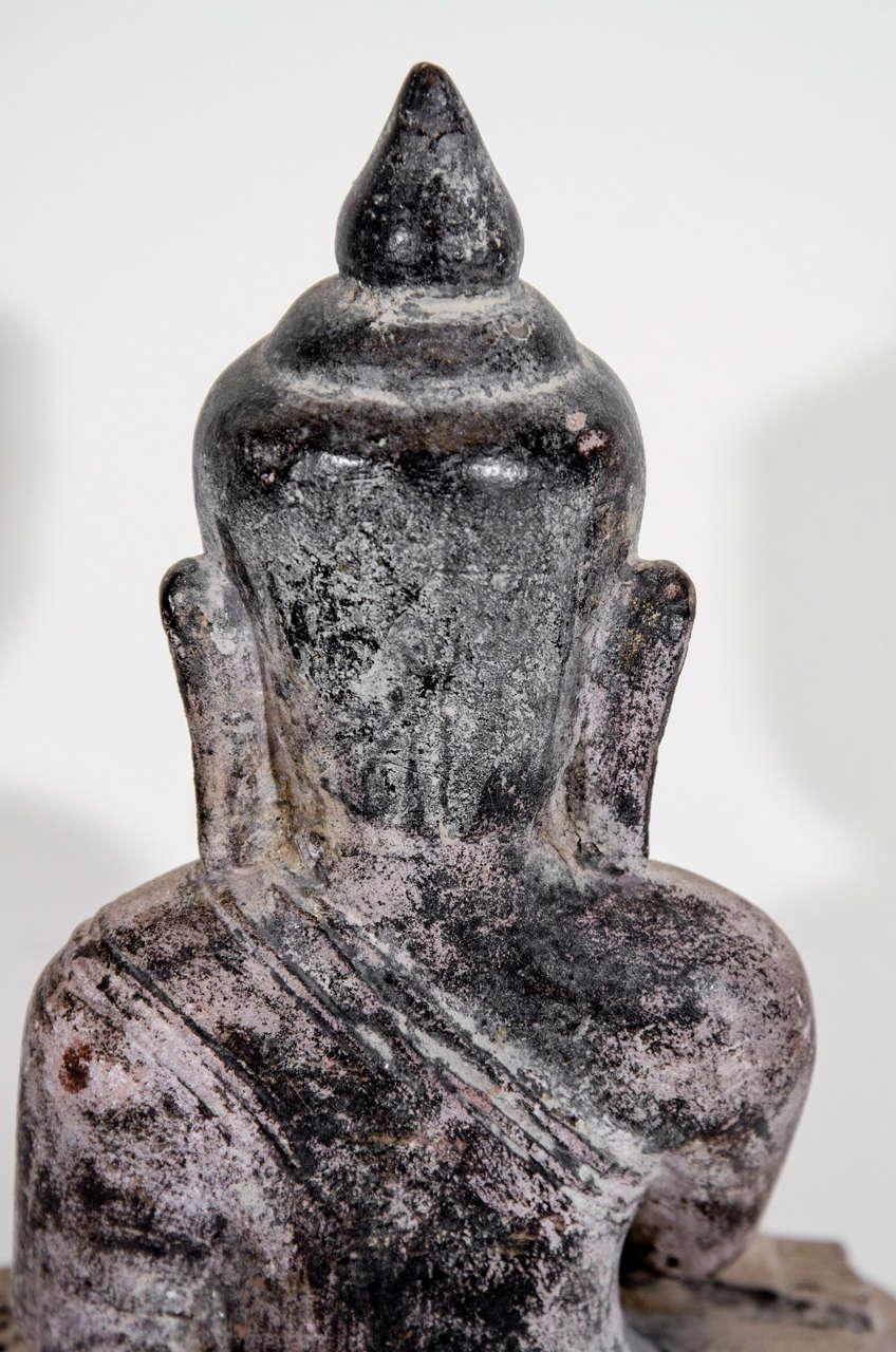 Sandstone Buddha Sculpture, circa 1800 For Sale 3