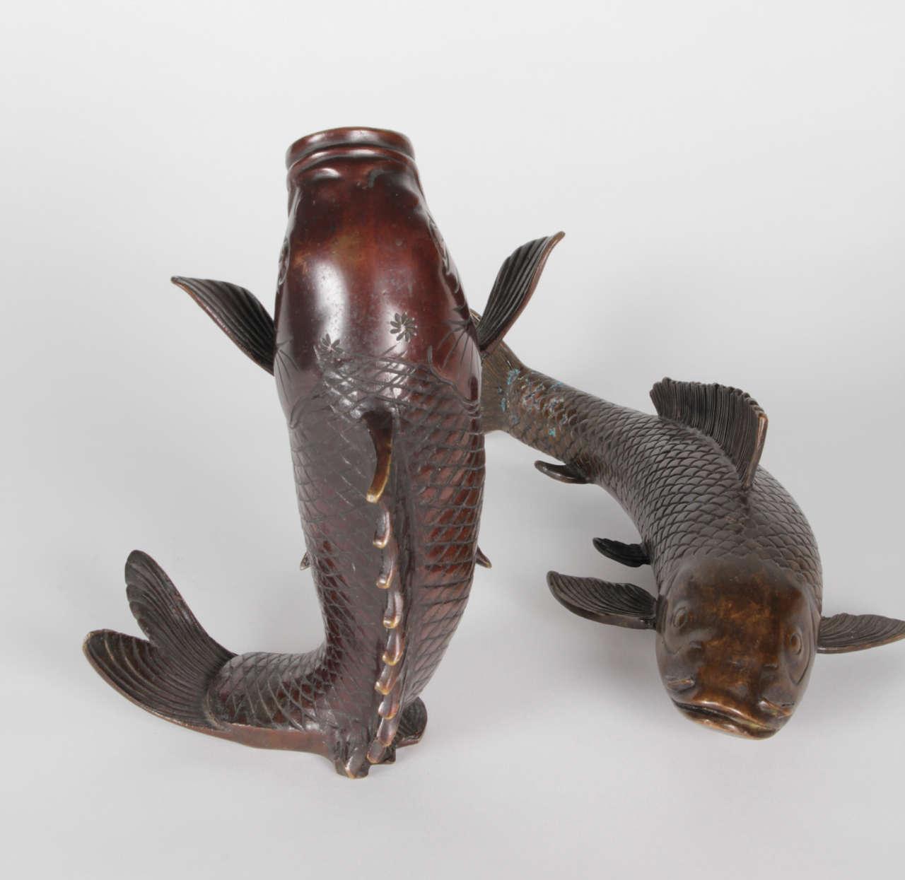 Japanese meiji period koi fish bronze sculpture and vase for Koi fish vase