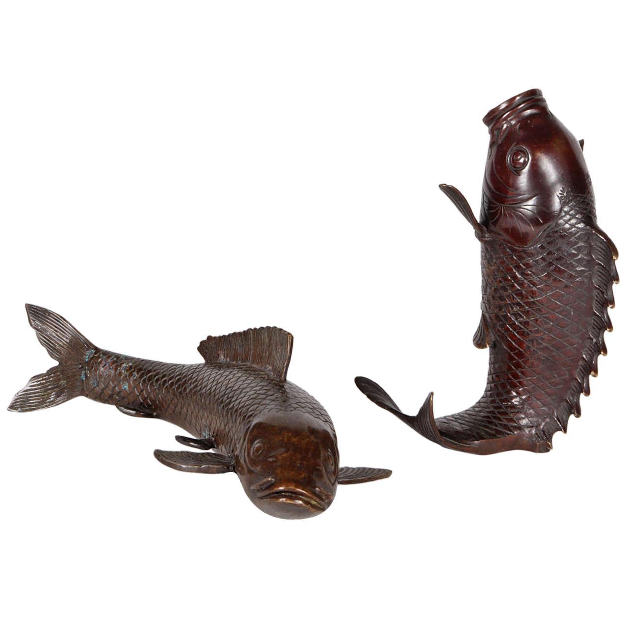 Japanese meiji period koi fish bronze sculpture and vase for Koi fish statue