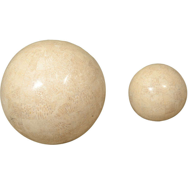Large and smaller spheres at stdibs