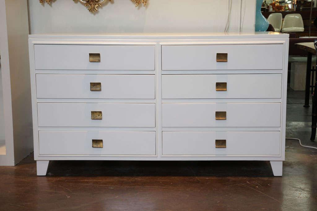 white lacquer mid century dresser at 1stdibs. Black Bedroom Furniture Sets. Home Design Ideas