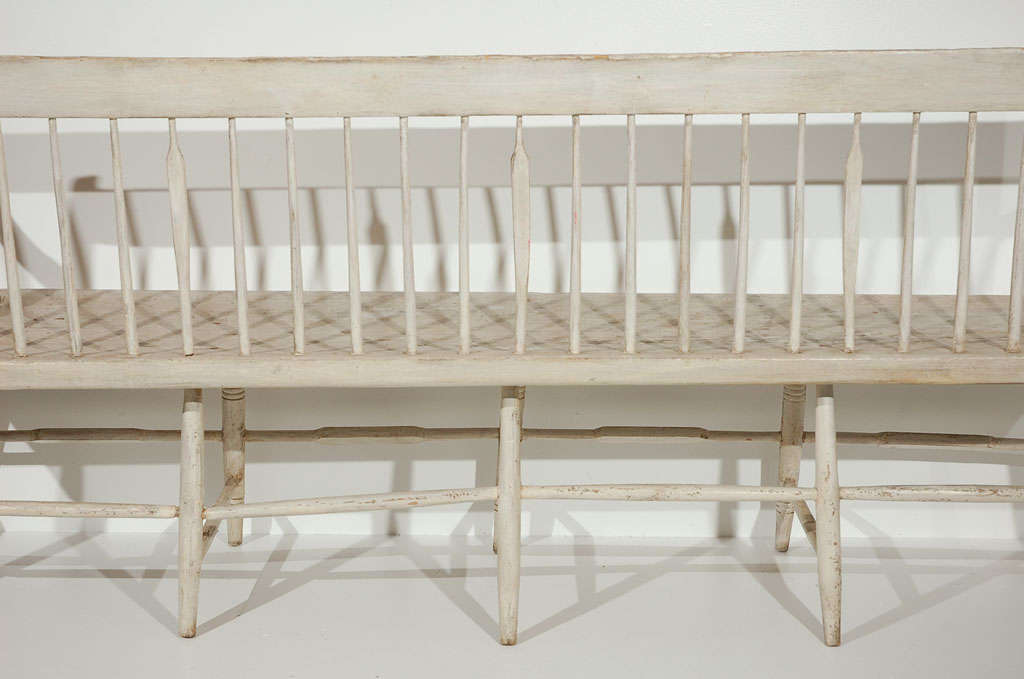 RARE & EARLY 19THC ORIGINAL PAINTED WINDSOR SETTLE/BENCH For Sale 5