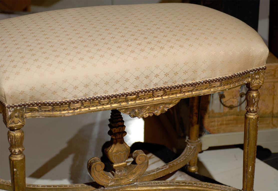 Oversized Louis XVI Gilded Stool In Good Condition For Sale In Atlanta, GA