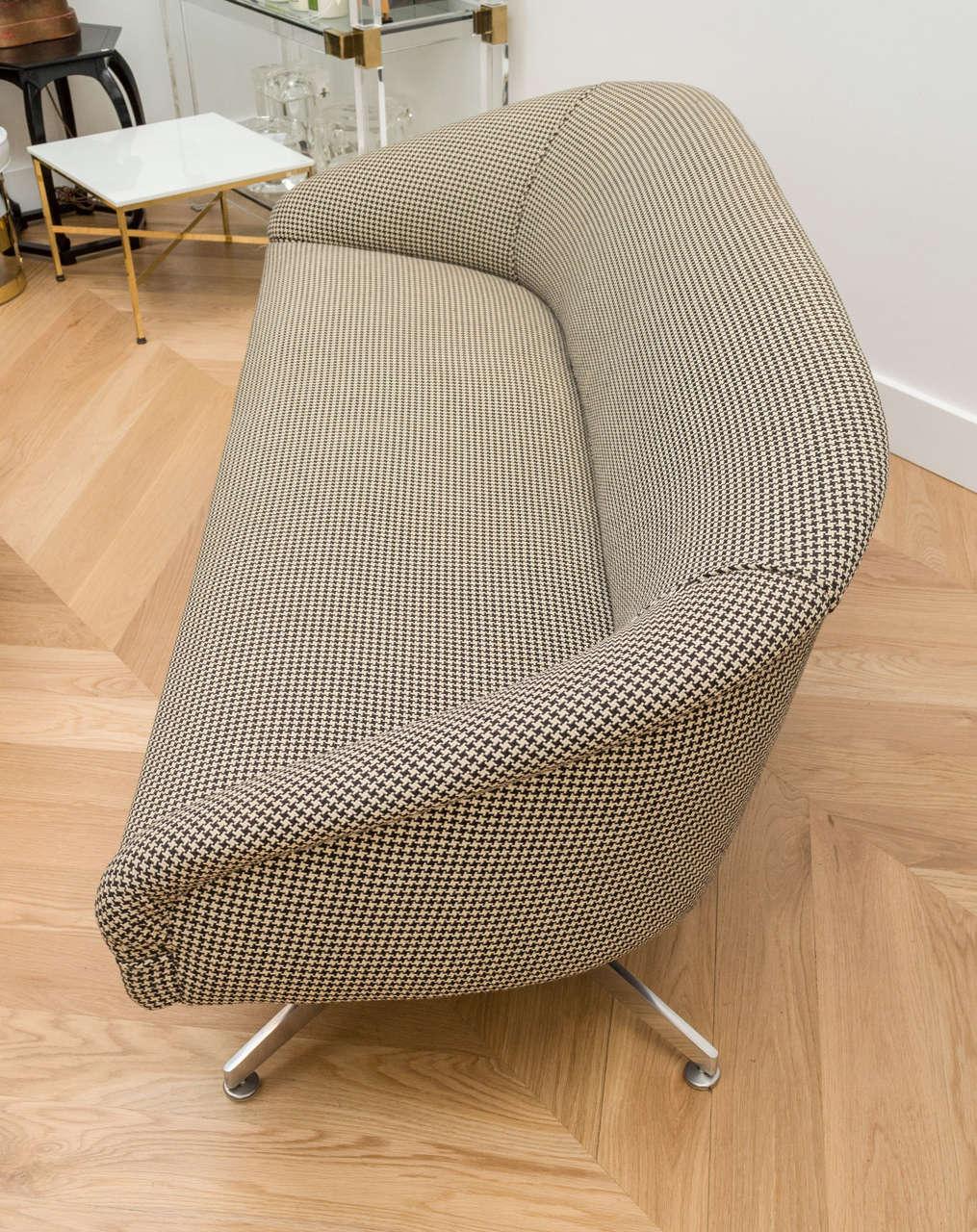 Ward Bennett Sofa with Original Wool Houndstooth Fabric 6