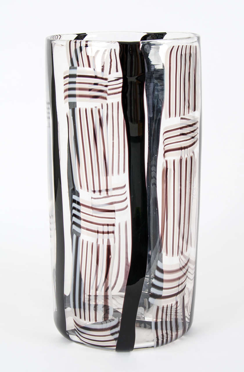 Contemporary Madras XV, Large-Scale Blown Glass Vessel For Sale