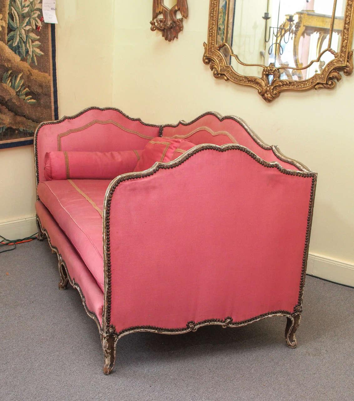 louis xv style lit de repos circa 1920 at 1stdibs. Black Bedroom Furniture Sets. Home Design Ideas