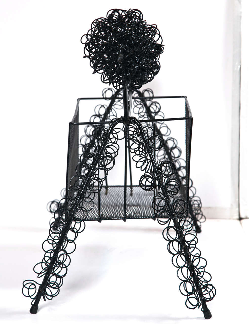 Mid-Century Wire Poodle Magazine Rack at 1stdibs