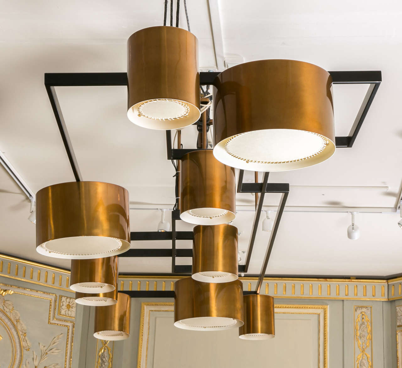 Large Modernist Copper Chandelier In Excellent Condition For Sale In Saint-Ouen (PARIS), FR