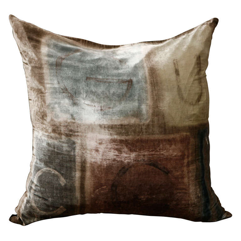 Oversized Silk Velvet Pillow By Gucci At 1stdibs