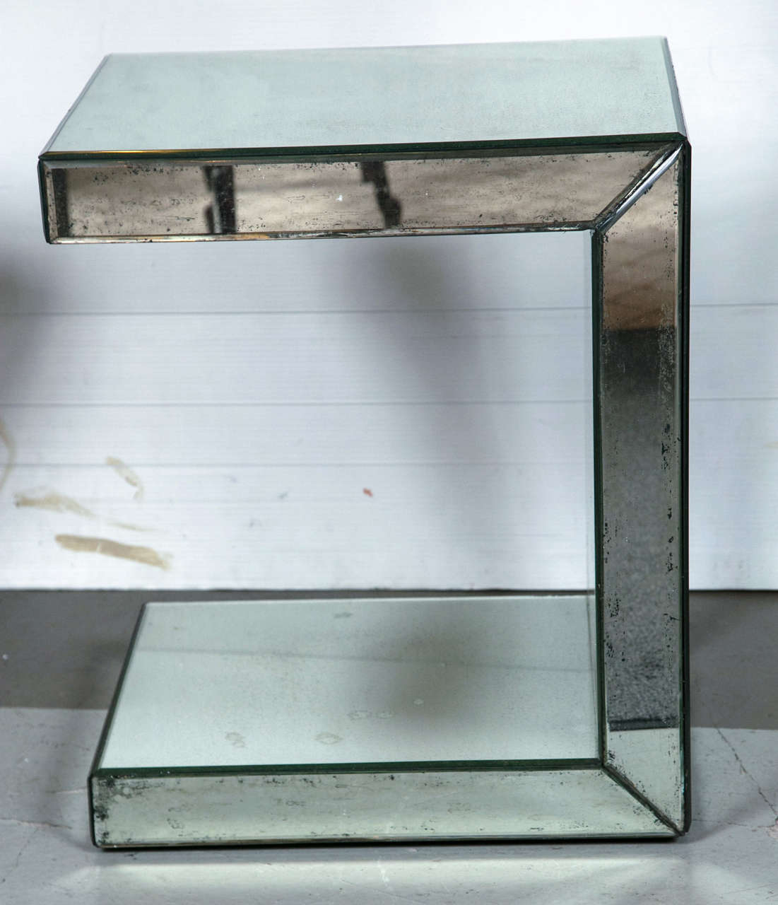 American Pair of Hollywood Regency Style C-Shaped Mirrored End Tables For Sale