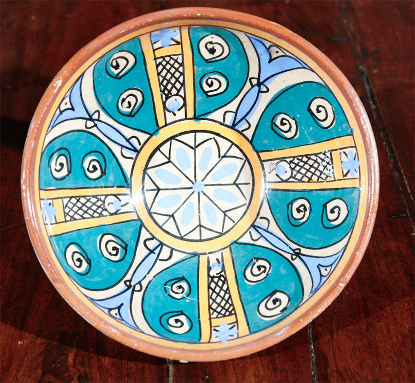 Moroccan Antique Pottery Bowl In Good Condition For Sale In Los Angeles, CA