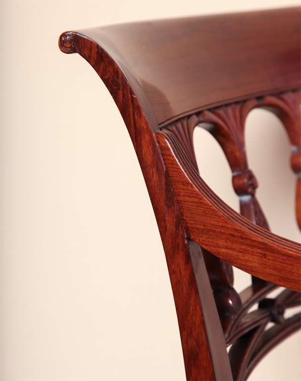 A 19th century Set of Six Side Plus Two Armchairs For Sale 4