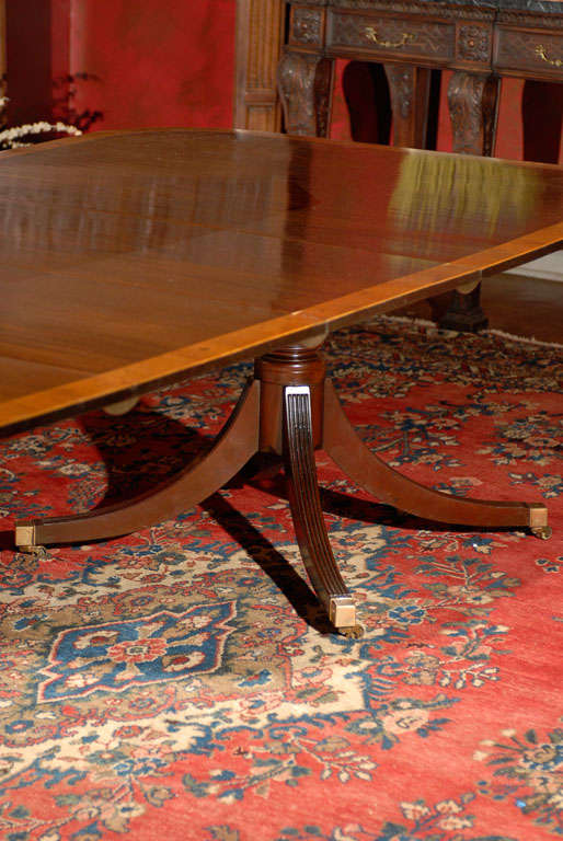 Double pedestal mahogany dining table w rosewood banding