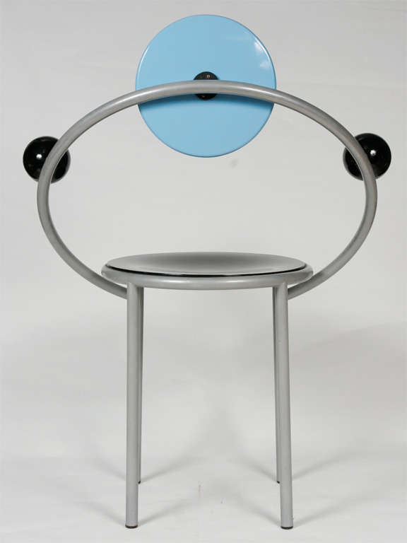 """A """"First""""  Memphis Chair designed by Michele De Lucchi 4"""