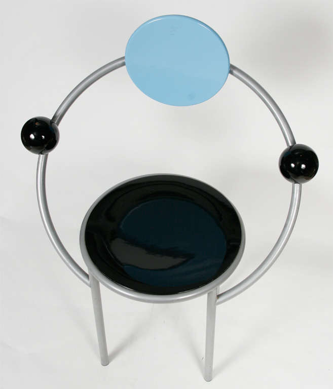 """A """"First""""  Memphis Chair designed by Michele De Lucchi 7"""