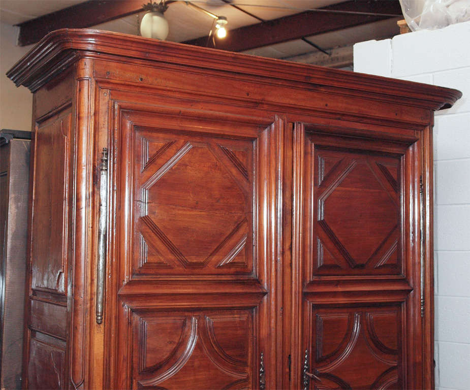 fine french louis xiv walnut armoire at 1stdibs. Black Bedroom Furniture Sets. Home Design Ideas