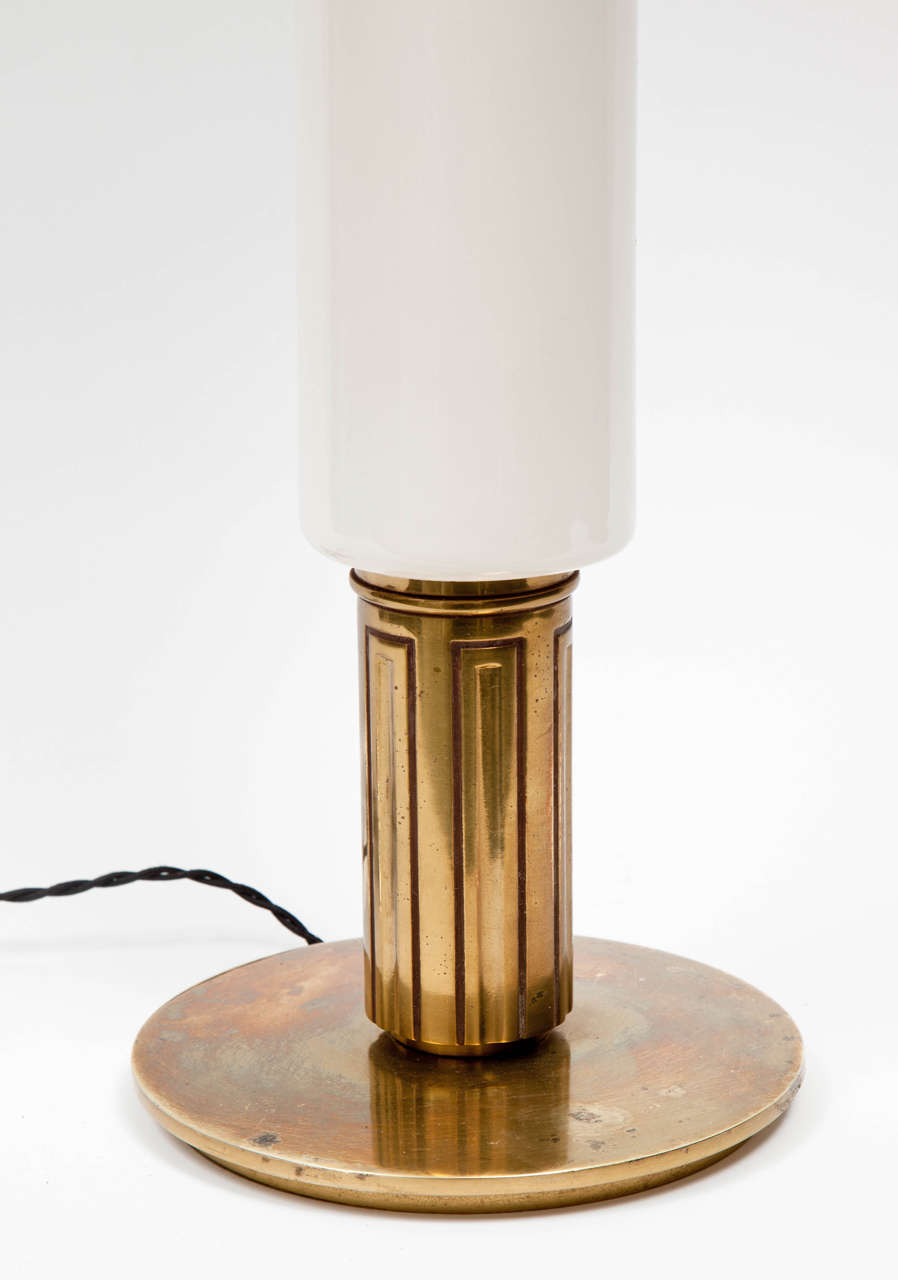 American 1950s Modernist White Ceramic and Brass Table Lamp by Stiffel For Sale