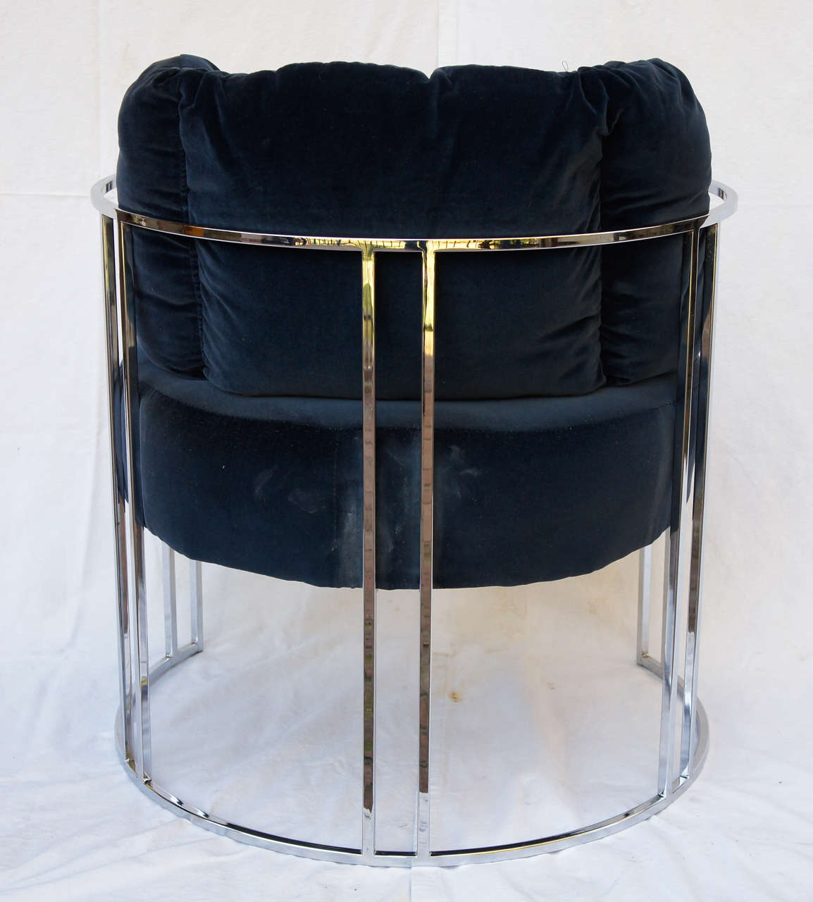 Pair of 70s chrome deco style chairs by milo baughman image 6 for Furniture 70s style
