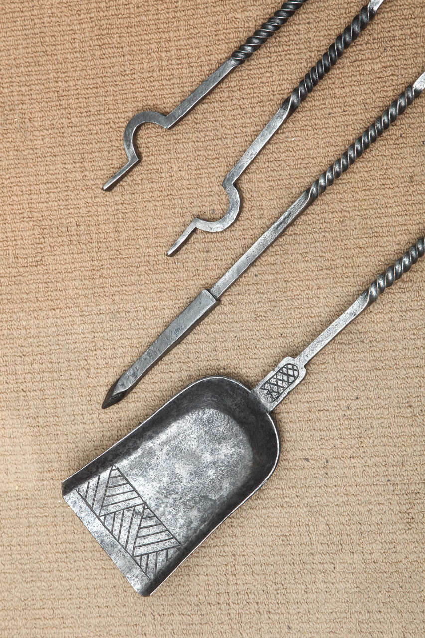 Set of Arts and Crafts Fire Tools In Excellent Condition For Sale In New York, NY