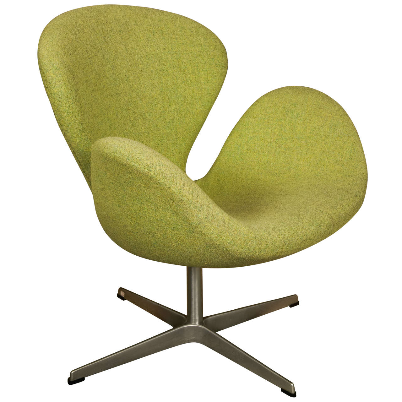 Quot Swan Chair Quot By Arne Jacobsen For Fritz Hansen At 1stdibs