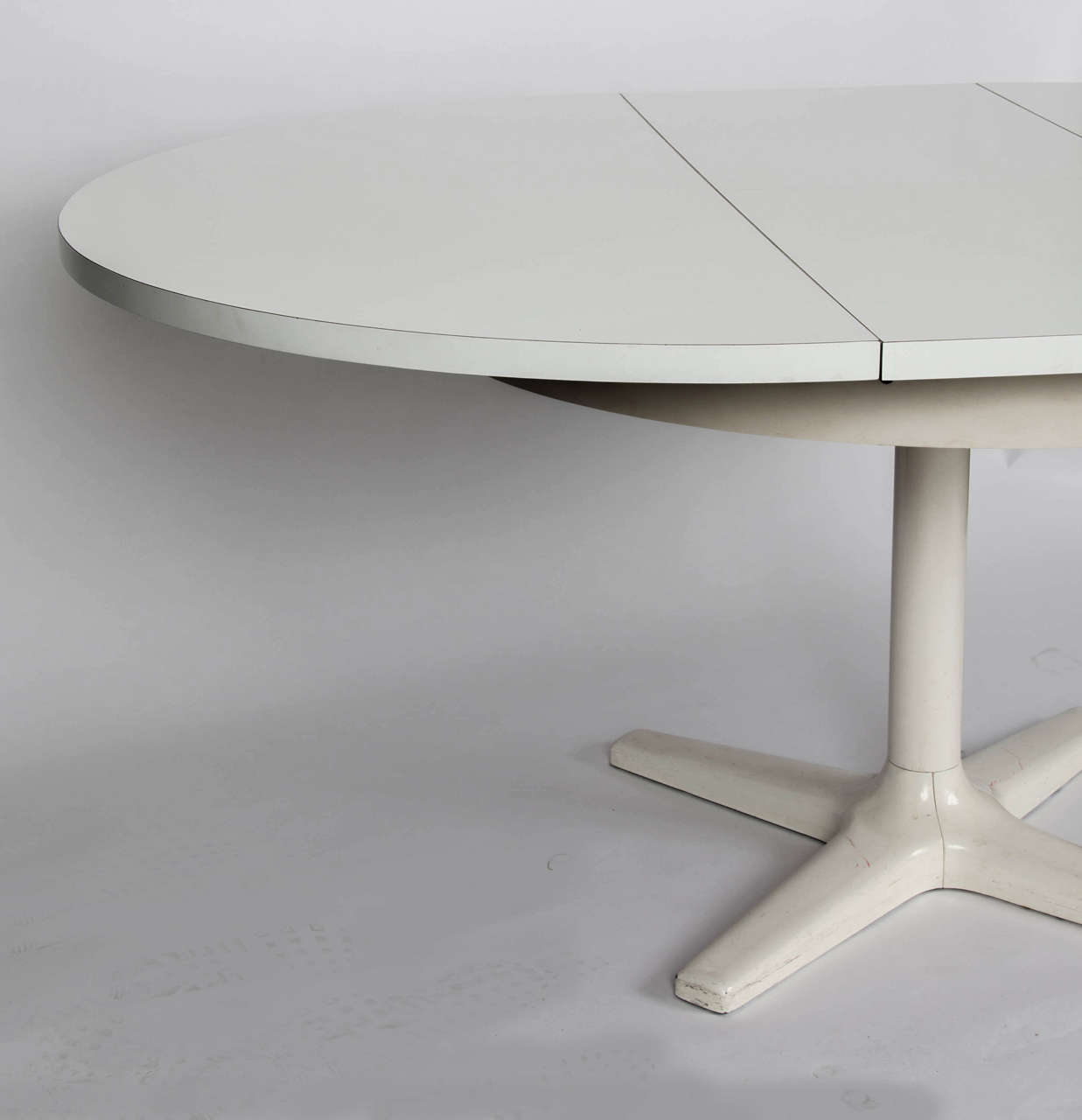 Circular Engineered Table at 1stdibs : DSC3648 from www.1stdibs.com size 1237 x 1280 jpeg 39kB