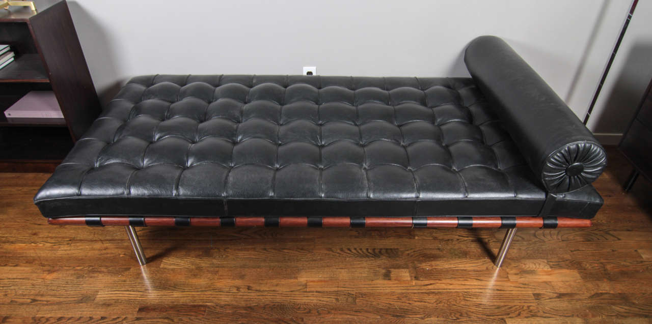 Vintage Barcelona Daybed By Mies Van Der Rohe Mfg Knoll At 1stdibs
