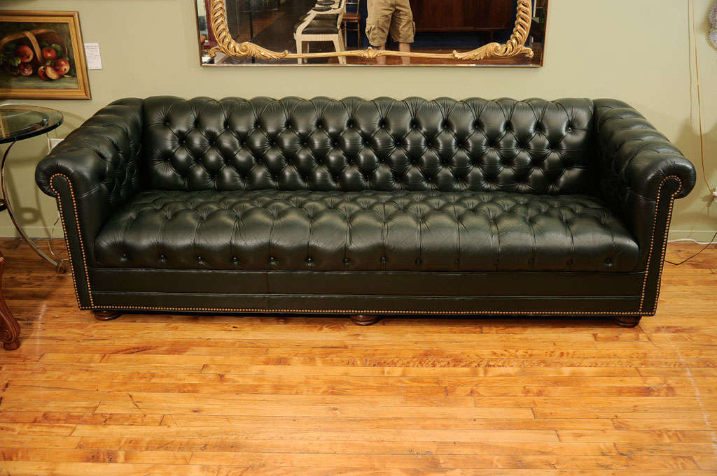 American Vintage Chesterfield Sofa By Leathercraft For Sale