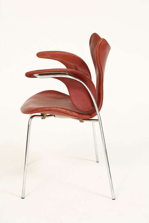 """20th Century Arne Jacobsen """"Seagull"""" Chair For Sale"""