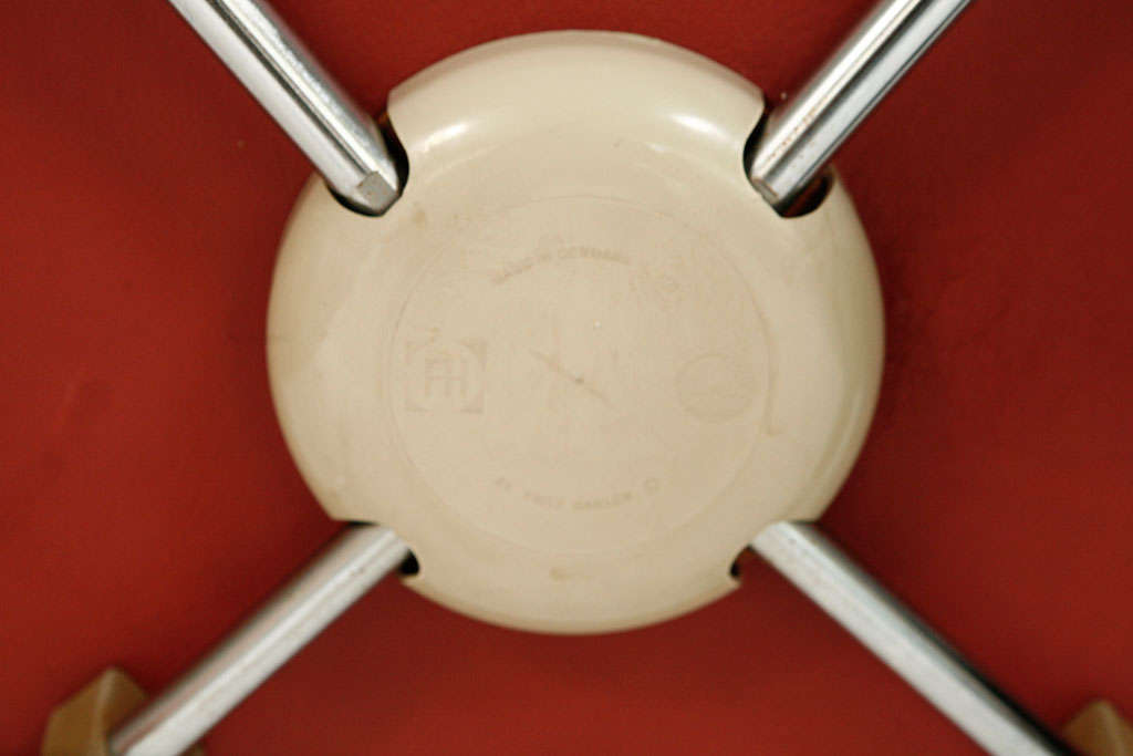 "Arne Jacobsen ""Seagull"" Chair For Sale 3"