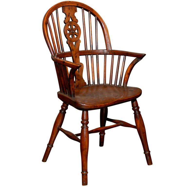 English Windsor Childs Chair Of Yew And Elm Wood At 1stdibs