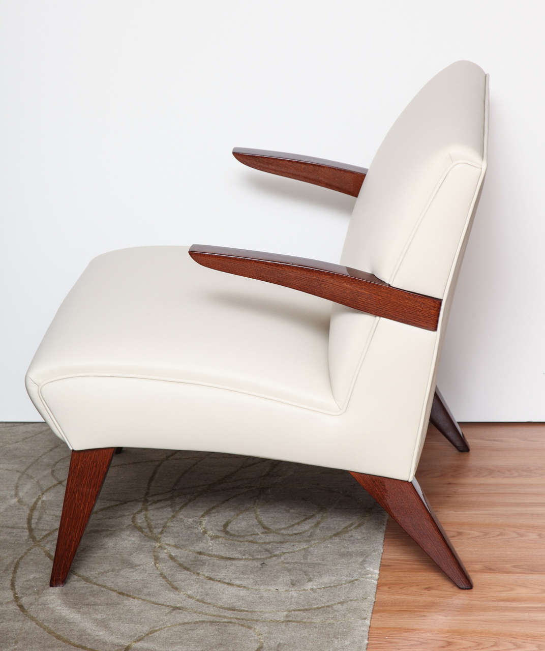 Pair of Art Deco Streamline Lounge Chairs 3