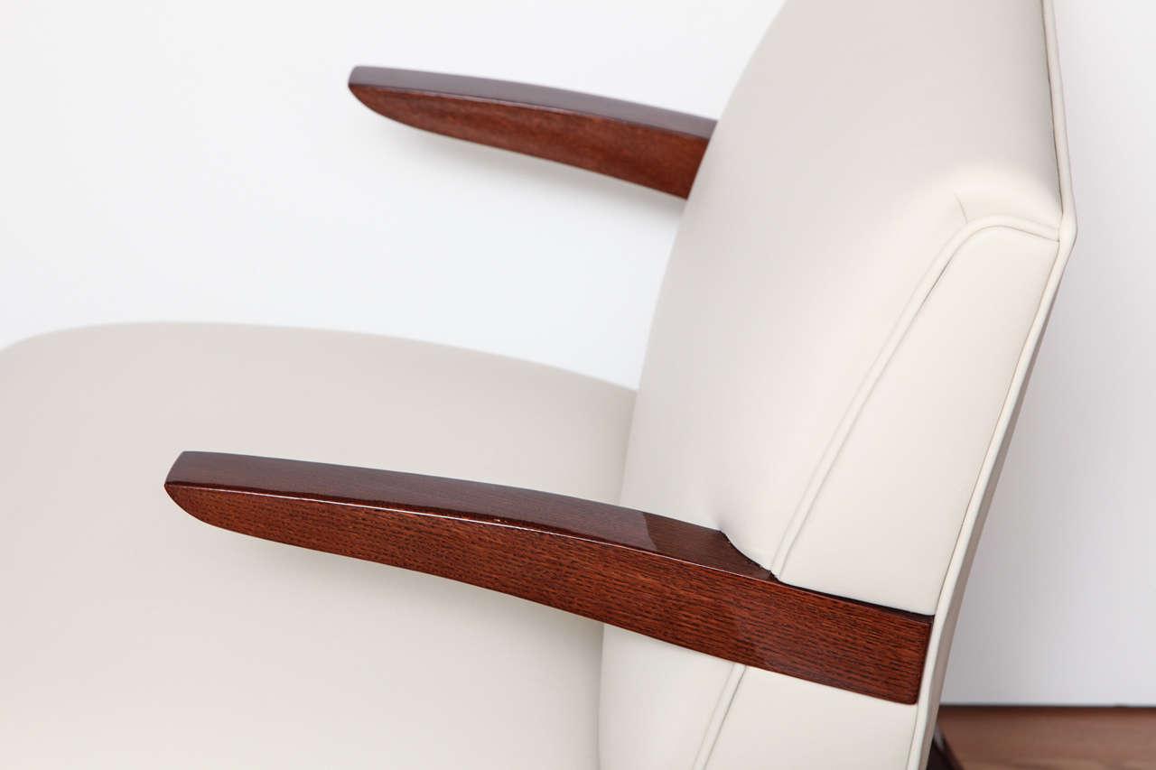 Pair of Art Deco Streamline Lounge Chairs 4