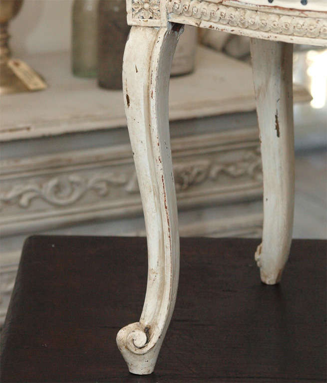 Tufted French Louis XV Painted Parlor Chair For Sale 5