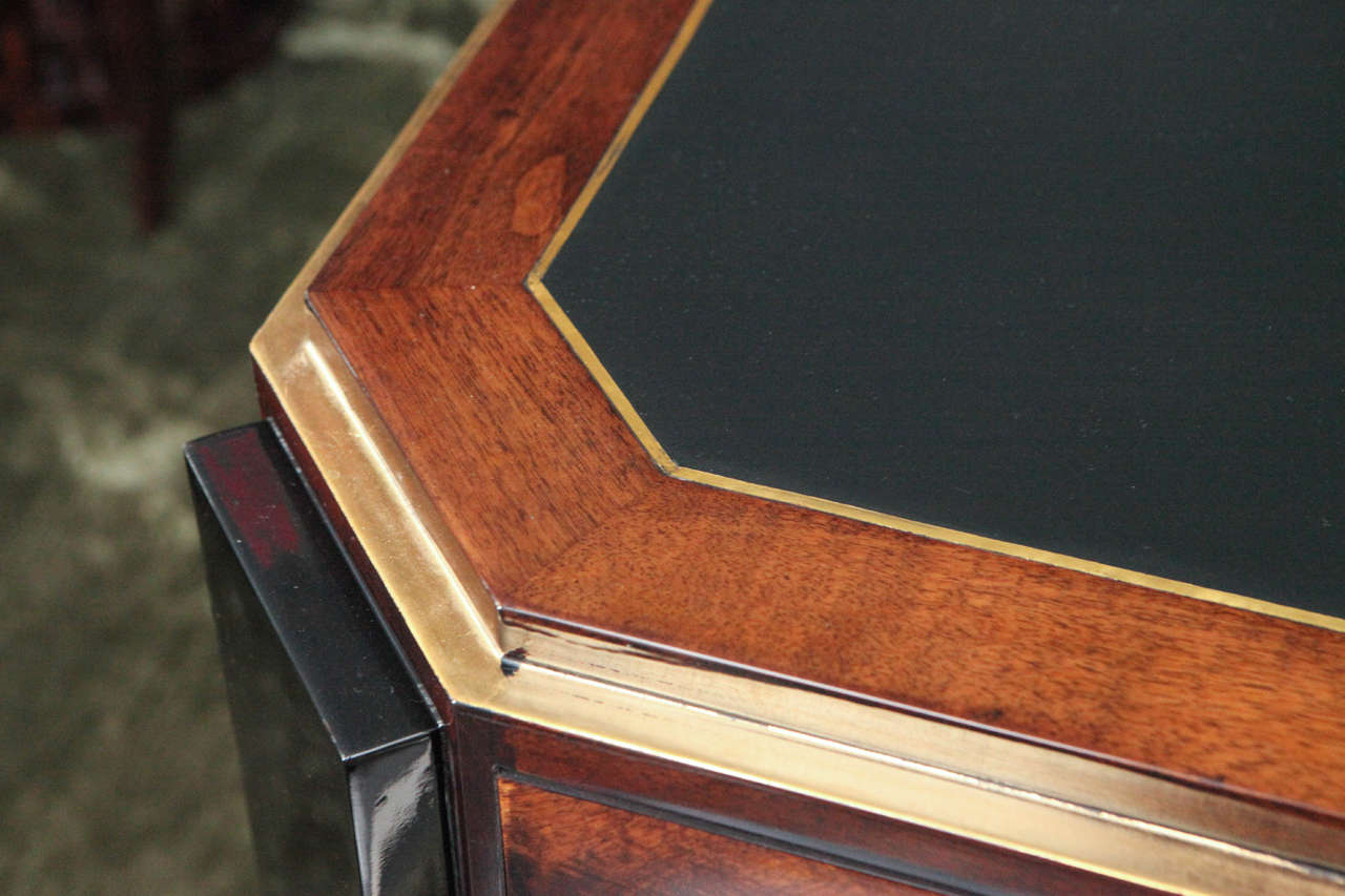 Octagonal Art Deco Desk in Walnut In Excellent Condition For Sale In Los Angeles, CA