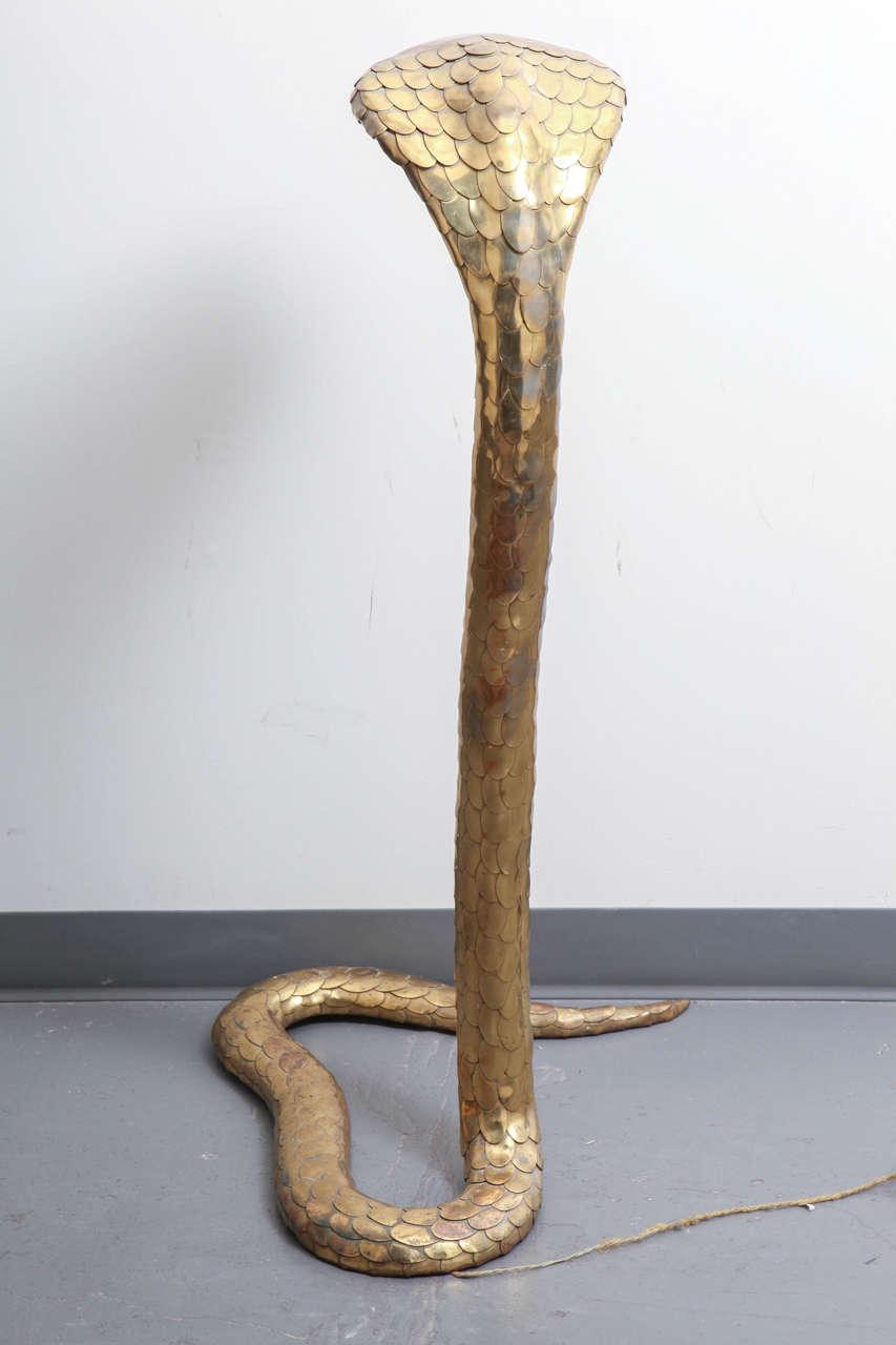 Rare 1970s Brass Cobra Sculpture Lamp by Alain Chervet 6