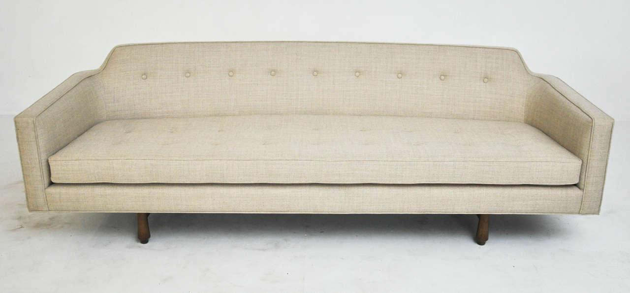 Dunbar Curved Back Sofa by Edward Wormley 2