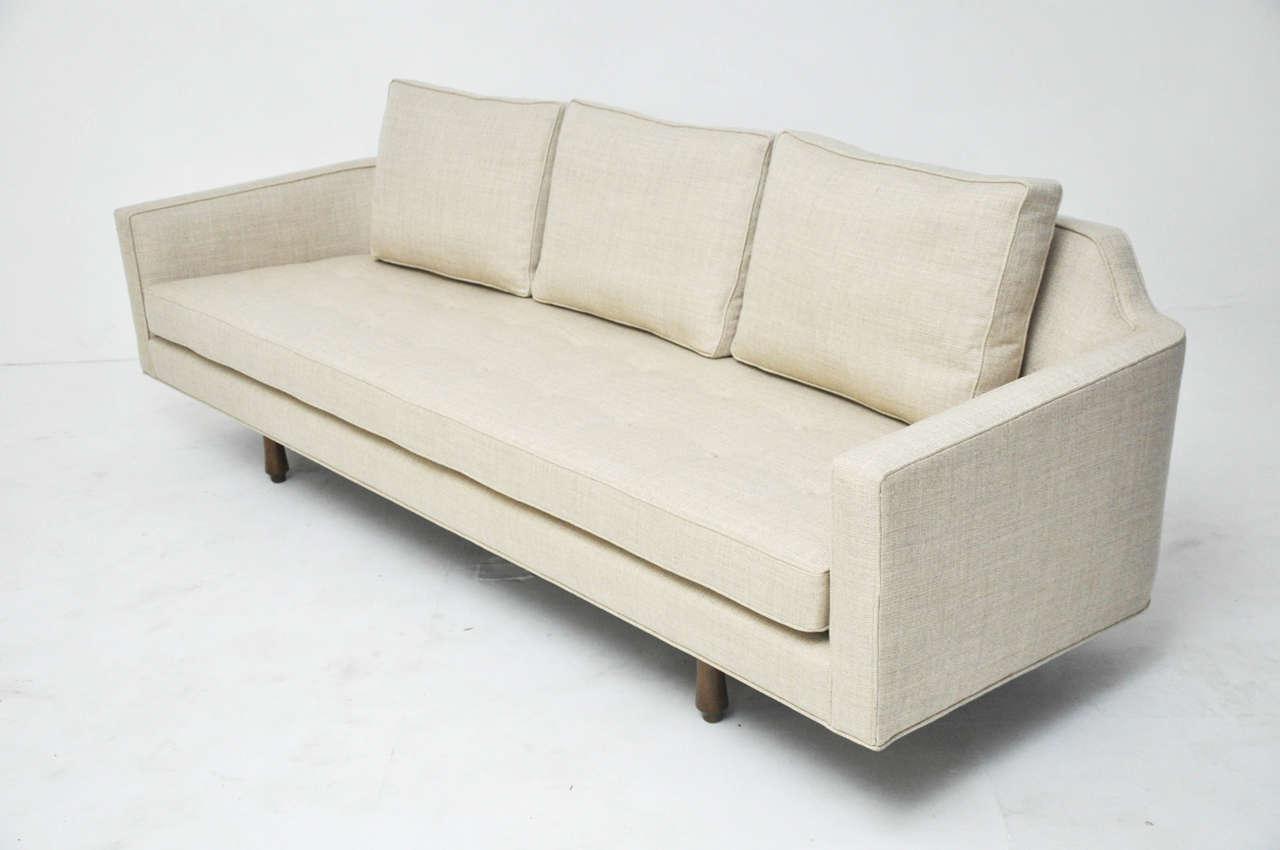 Dunbar Curved Back Sofa by Edward Wormley 6