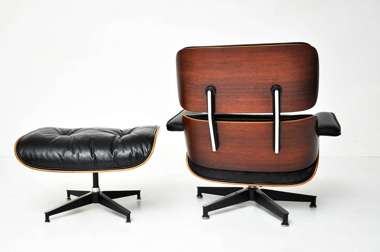 1950s rosewood charles eames lounge chair herman miller for Charles eames lounge chair nachbildung