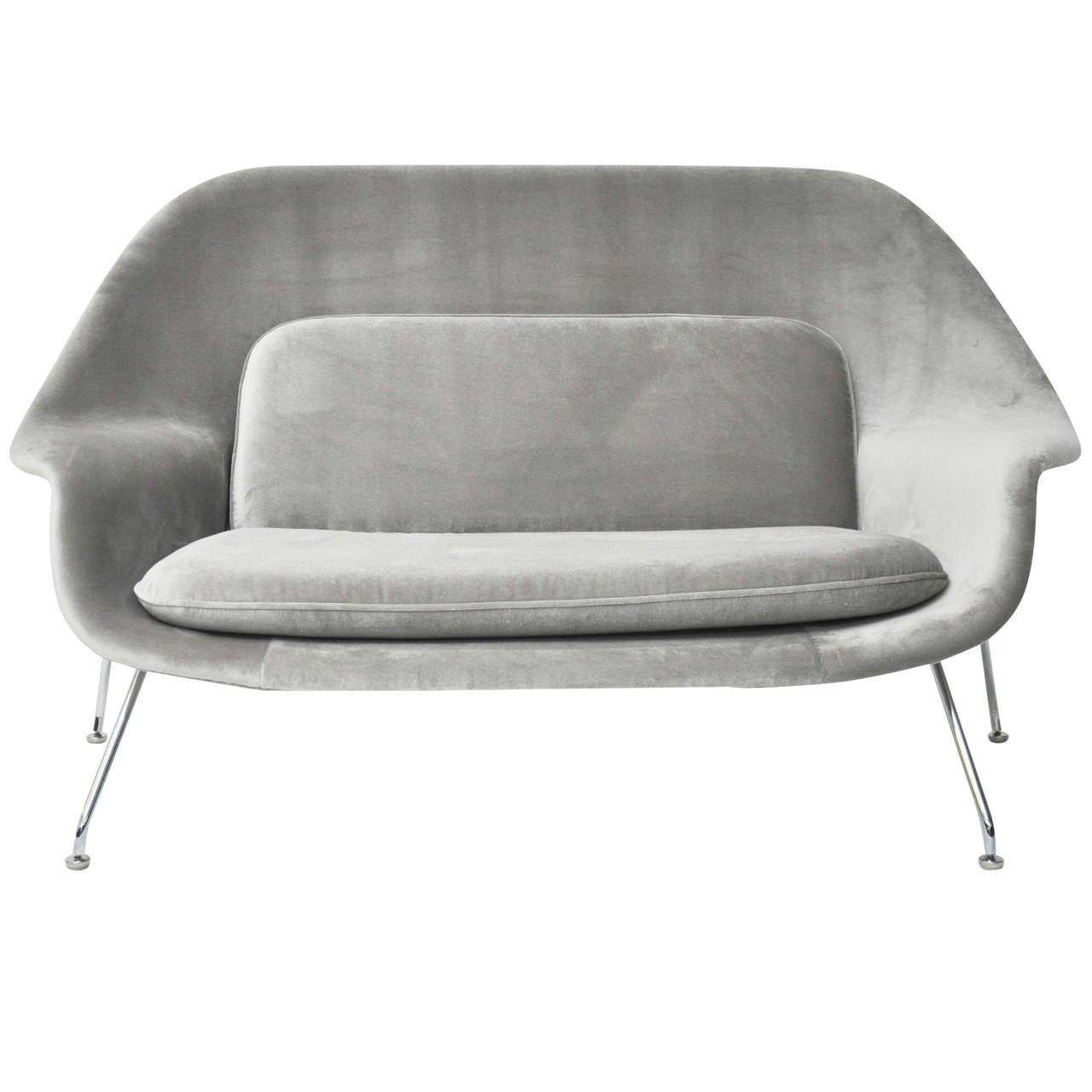 Ordinaire Eero Saarinen Womb Settee For Knoll For Sale