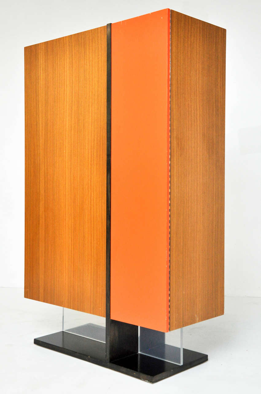 Armoire designed by Vladimir Kagan or Kagan-Dreyfuss, circa 1960.